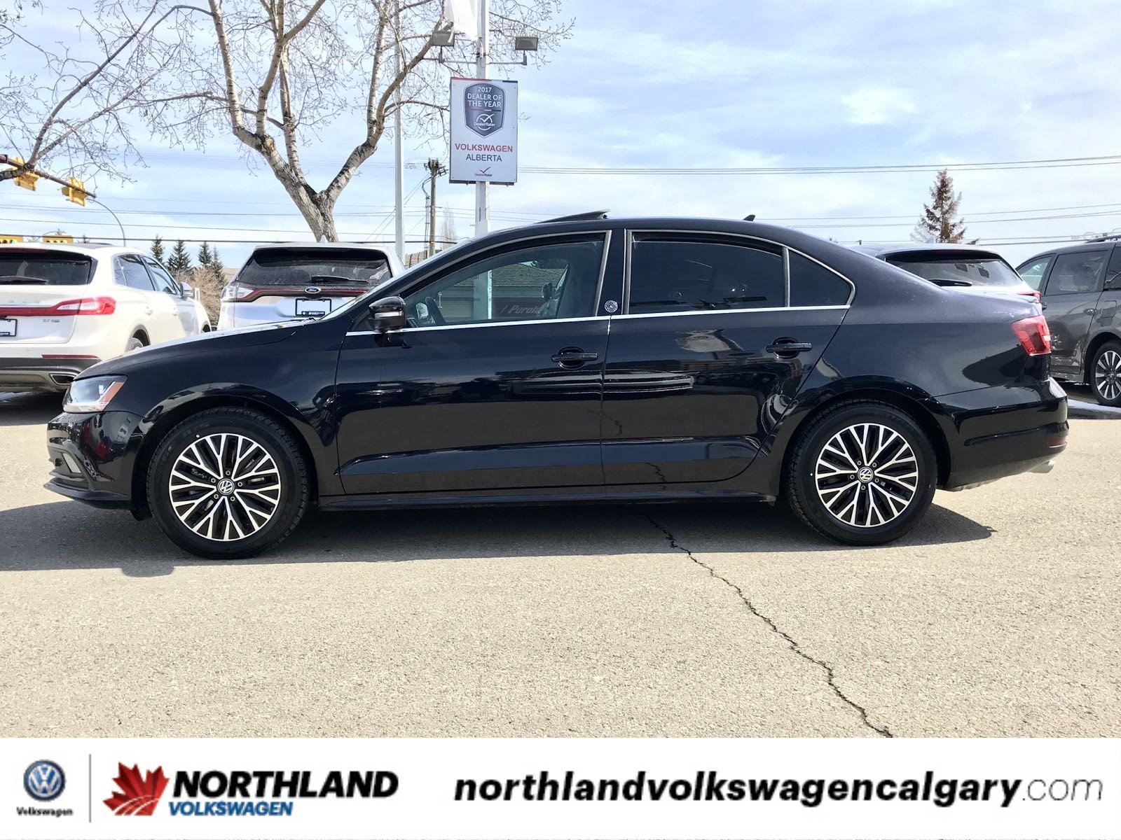 Certified Pre-Owned 2017 Volkswagen Jetta Sedan Wolfsburg Edition