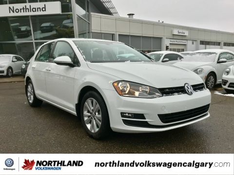 Certified Pre-Owned 2017 Volkswagen Golf Comfortline