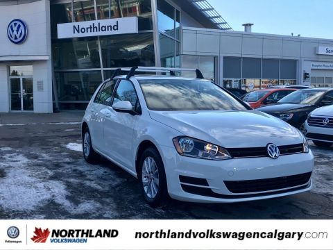 Pre-Owned 2017 Volkswagen Golf Trendline