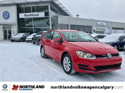 Certified Pre-Owned 2016 Volkswagen Golf Sportwagon Trendline