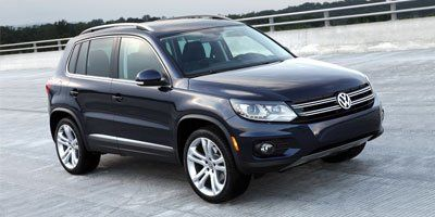 Pre-Owned 2012 Volkswagen Tiguan Highline